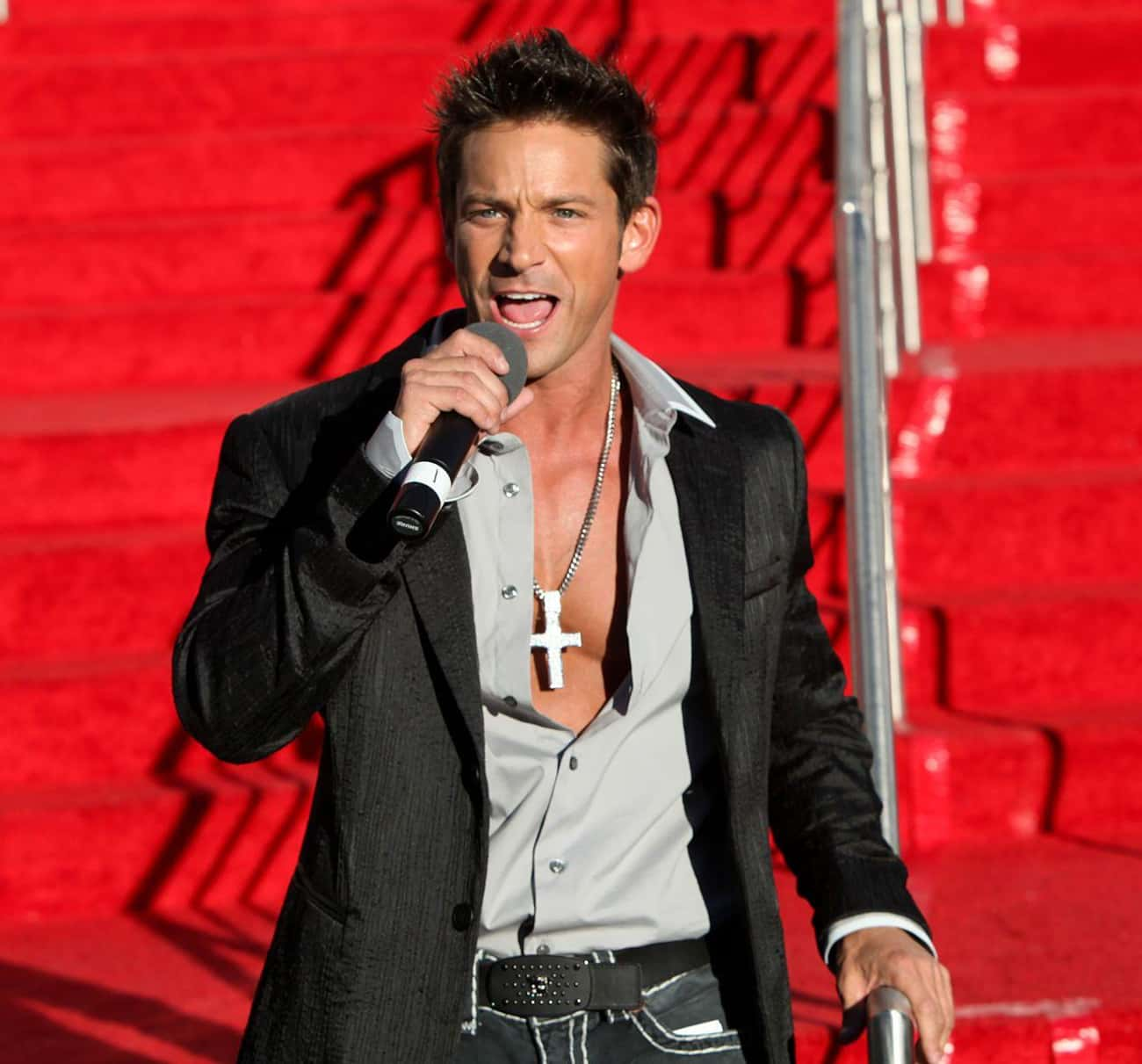 Jeff Timmons From 98 Degrees is listed (or ranked) 3 on the list These Boy Band Members Tried To Go Solo And Failed Miserably