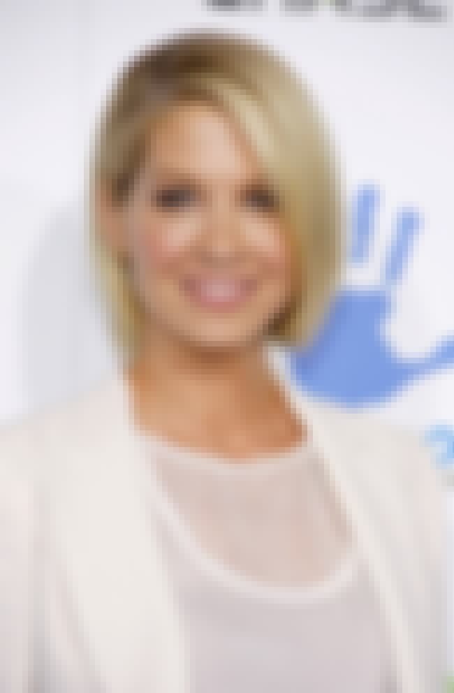 Jenna Elfman is listed (or ranked) 2 on the list Famous Los Angeles County High School For The Arts Alumni/Students