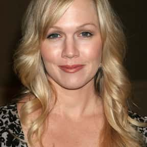Jennie Garth is listed (or ranked) 3 on the list 90210 Cast List