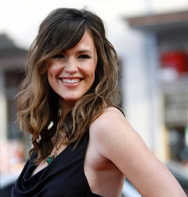 Jennifer Garner is listed (or ranked) 4 on the list Beautiful Celebrity Women with Cute Dimples