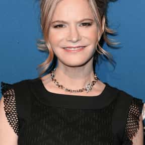 Jennifer Jason Leigh is listed (or ranked) 1 on the list Full Cast of Easy Money Actors/Actresses