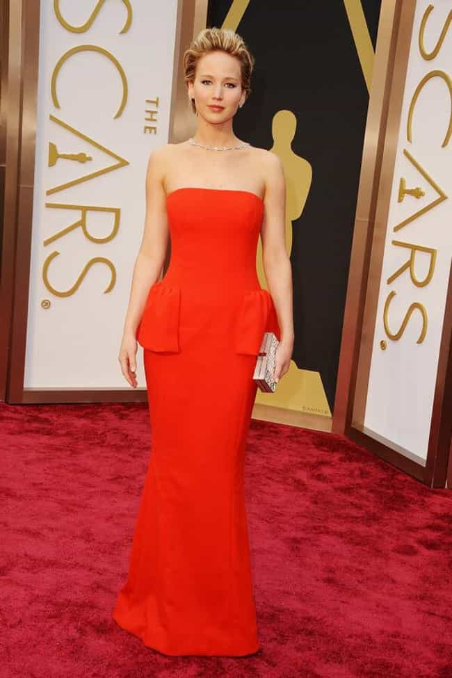 Jennifer Lawrence is listed (or ranked) 3 on the list 2014 Oscars Red Carpet Best Dressed