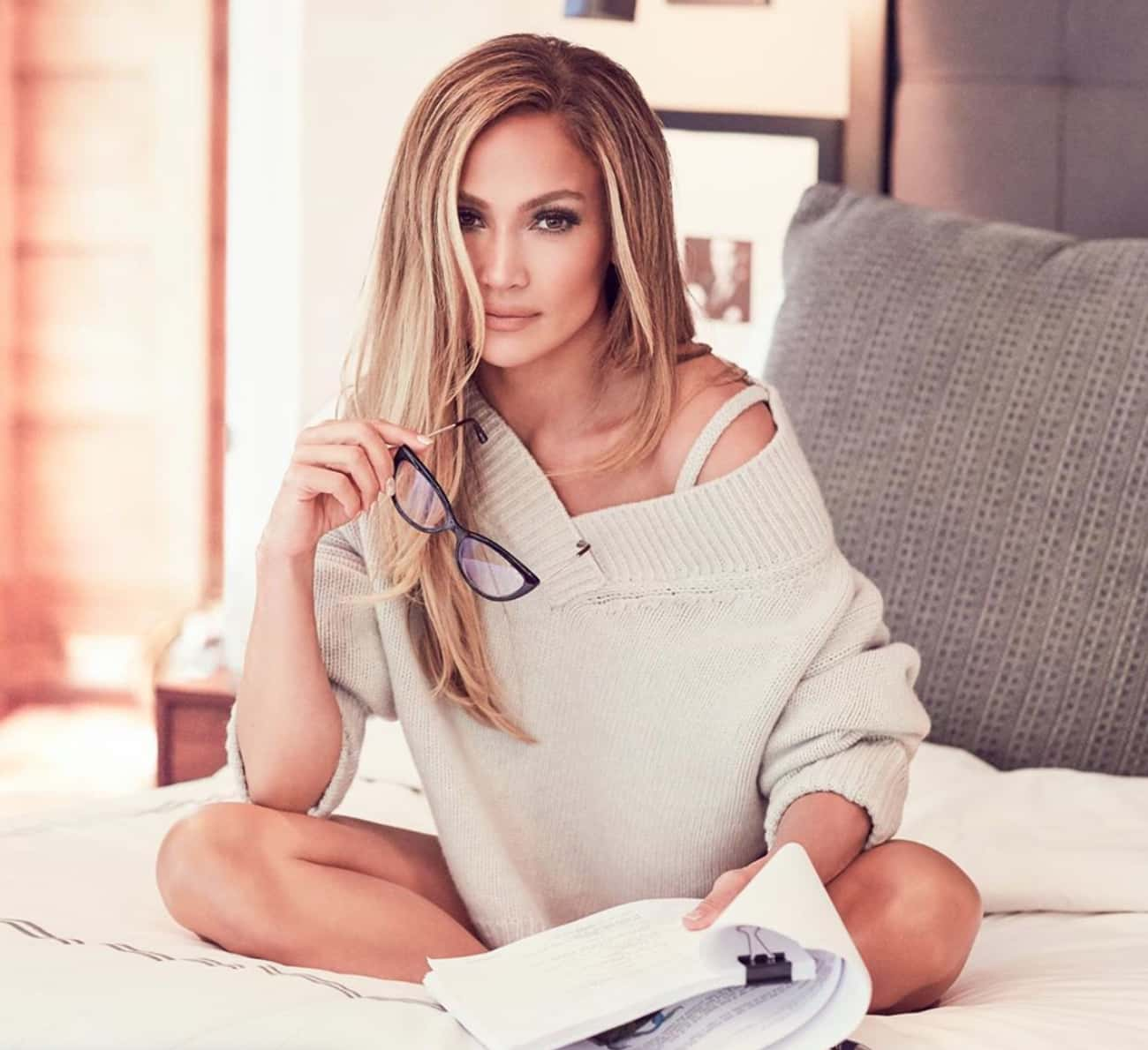 Jennifer Lopez is listed (or ranked) 3 on the list Celebrities Who Can Relate To Your Middle Child Syndrome