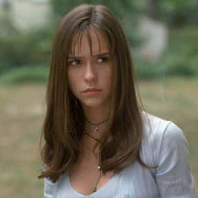 Jennifer Love Hewitt is listed (or ranked) 10 on the list The 100+ Most StunningWomen of the '90s