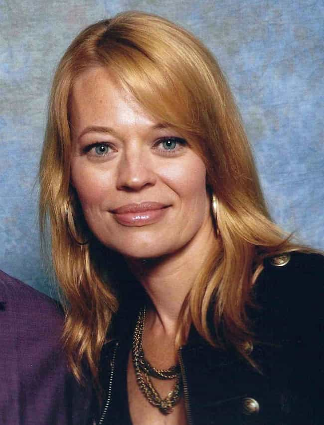 Jeri Ryan is listed (or ranked) 3 on the list Celebrities on Google Plus