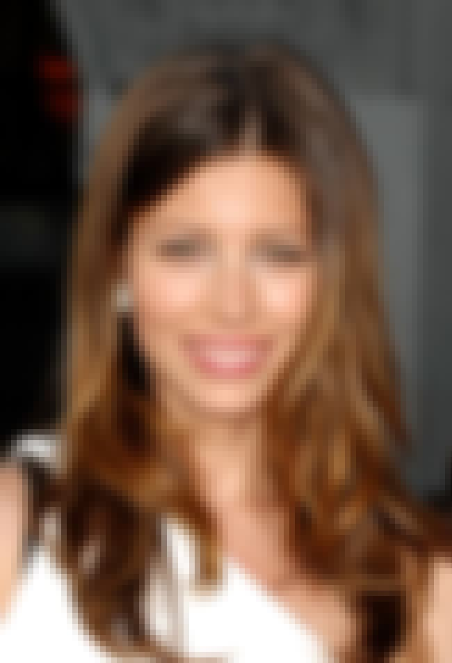 Jessica Biel is listed (or ranked) 4 on the list The Best Celebrity Smiles (Women)