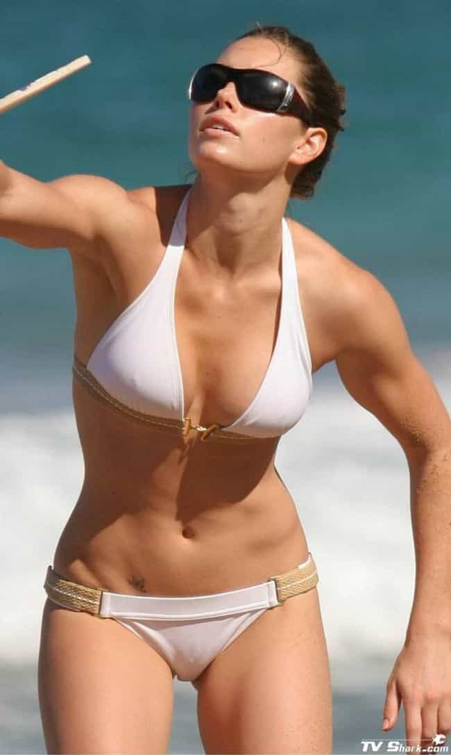 Jessica Biel is listed (or ranked) 1 on the list Female Celebrities with the Sexiest Abs