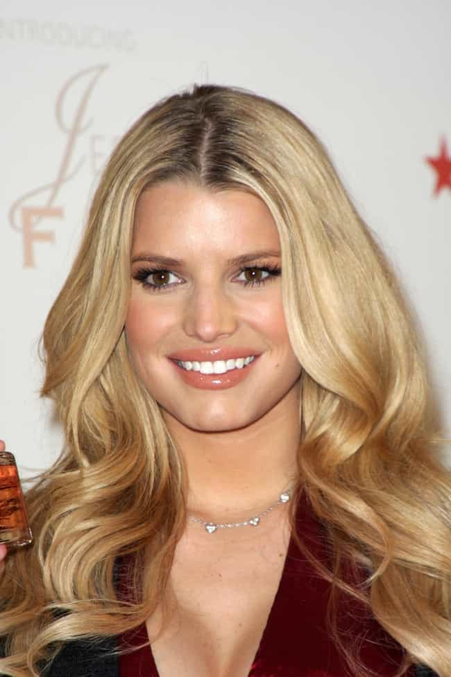 Jessica Simpson is listed (or ranked) 4 on the list 28 Celebrities Who Are Surprisingly Great Tippers