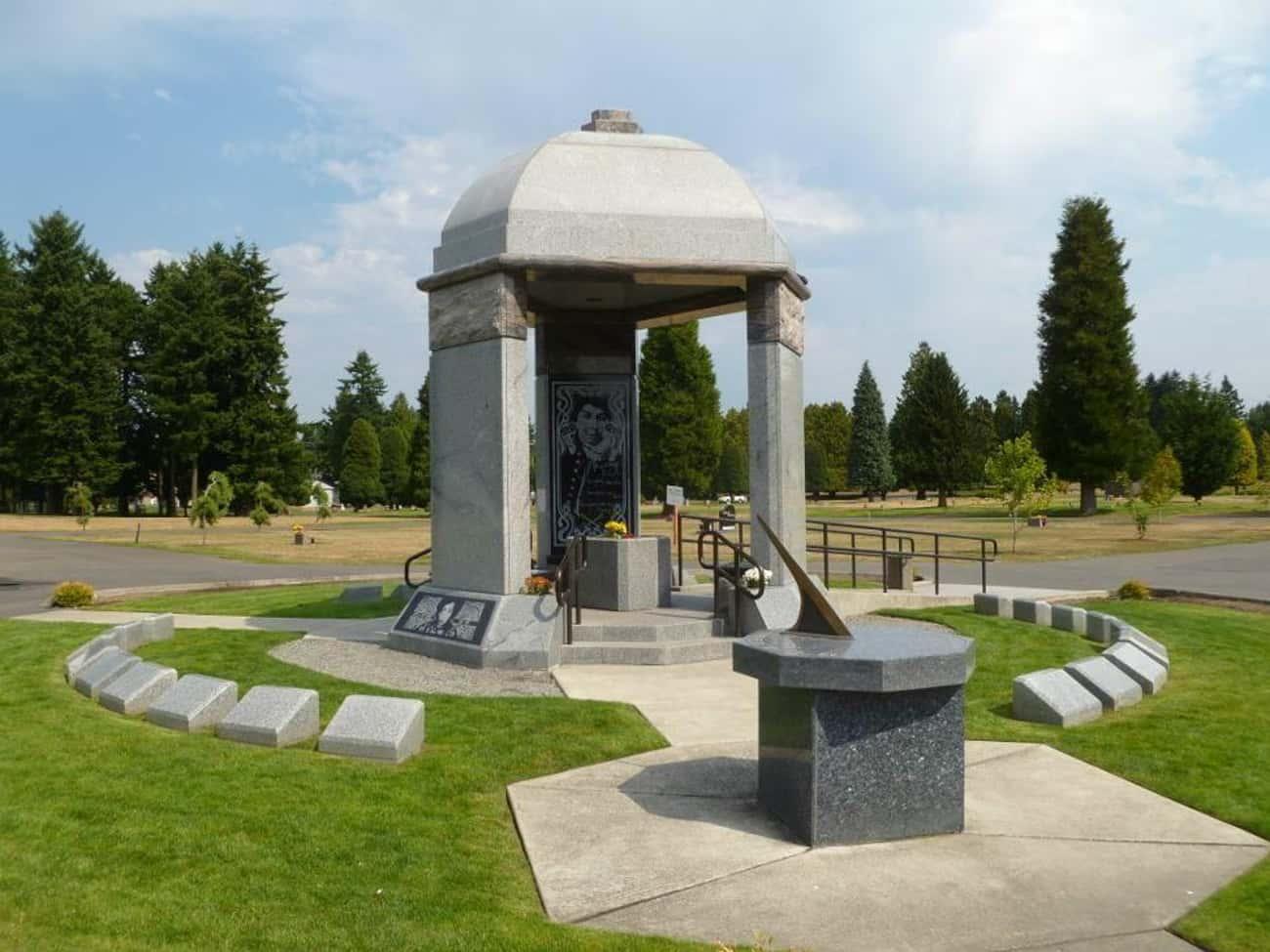Jimi Hendrix's Grave - Renton, WA