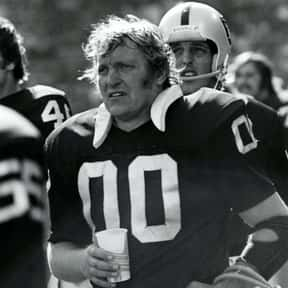 Jim Otto is listed (or ranked) 10 on the list The Best Oakland Raiders Of All Time