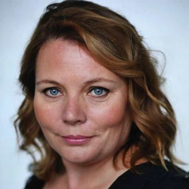 Joanna Scanlan is listed (or ranked) 3 on the list The Thick of It Cast List