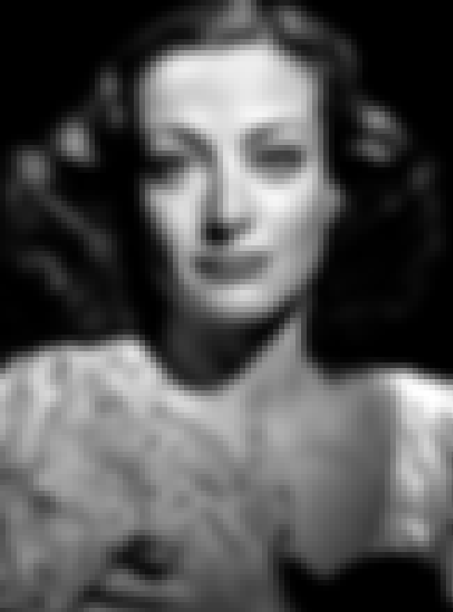 Joan Crawford is listed (or ranked) 5 on the list 22 Famous Actresses of the 1930s