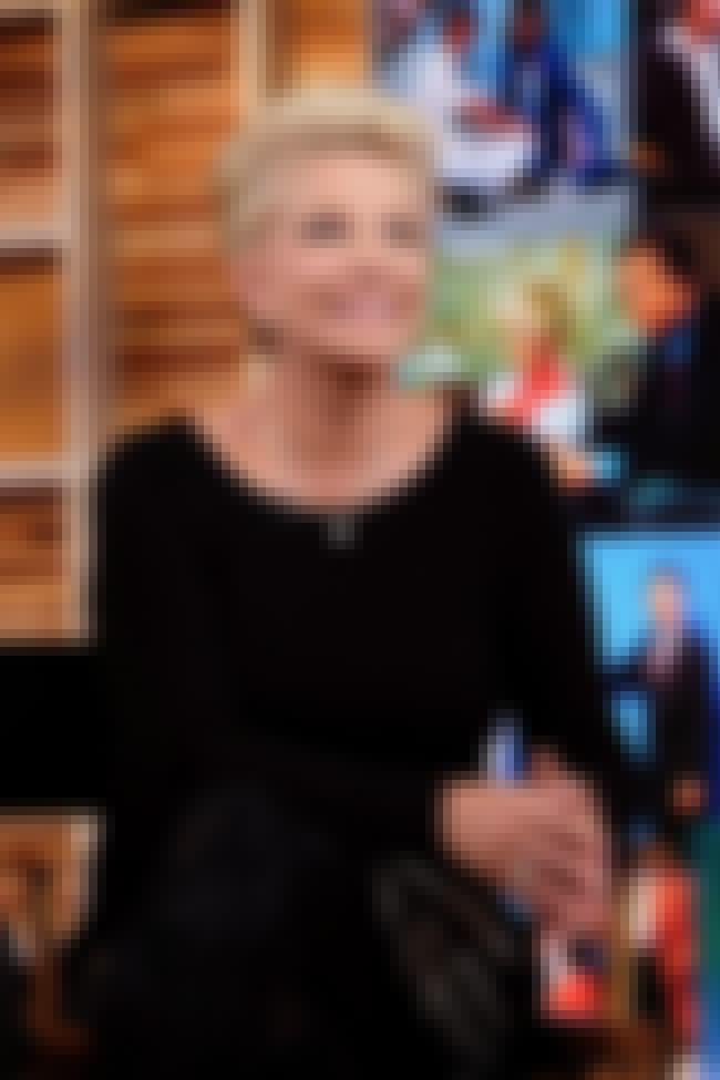 Joan Lunden is listed (or ranked) 3 on the list Famous People who Majored in Spanish Language
