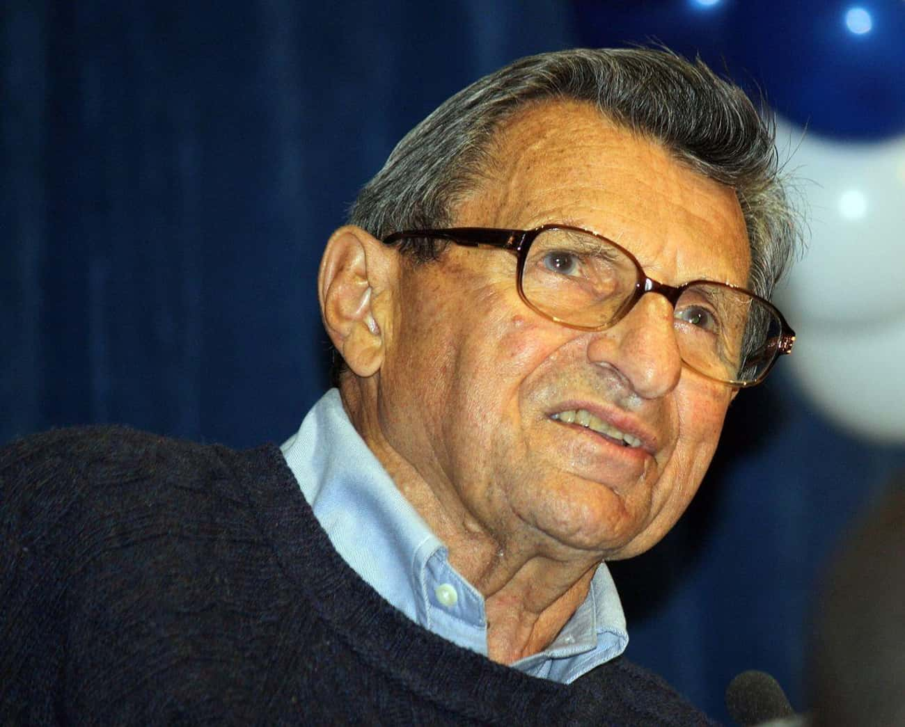 Joe Paterno is listed (or ranked) 2 on the list 18 Athletes Who Died of Cancer