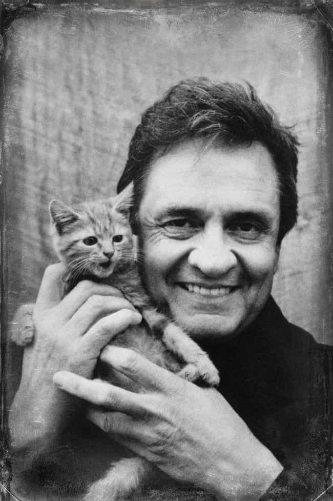 Johnny Cash is listed (or ranked) 1 on the list Country Singers Who Have Struggled with Alcoholism