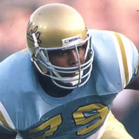 Jonathan Ogden is listed (or ranked) 2 on the list The Best UCLA Football Players of All Time