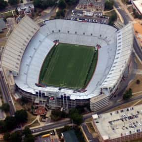 Jordan–Hare Stadium is listed (or ranked) 4 on the list The Best College Football Stadiums