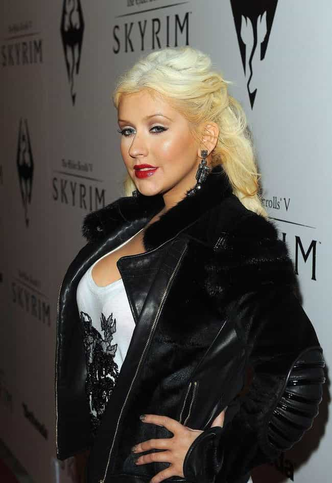 who was christina aguilera dating when she wrote fighter