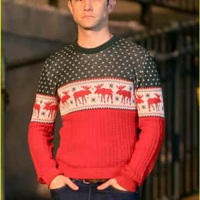 Joseph Gordon-Levitt is listed (or ranked) 23 on the list Male Celebrities You'd Want Under Your Christmas Tree