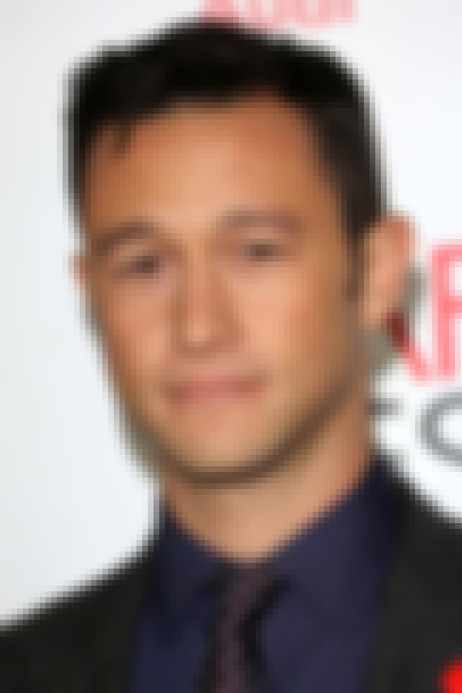 Joseph Gordon-Levitt is listed (or ranked) 2 on the list Celebrities You Didn't Know Are Bilingual