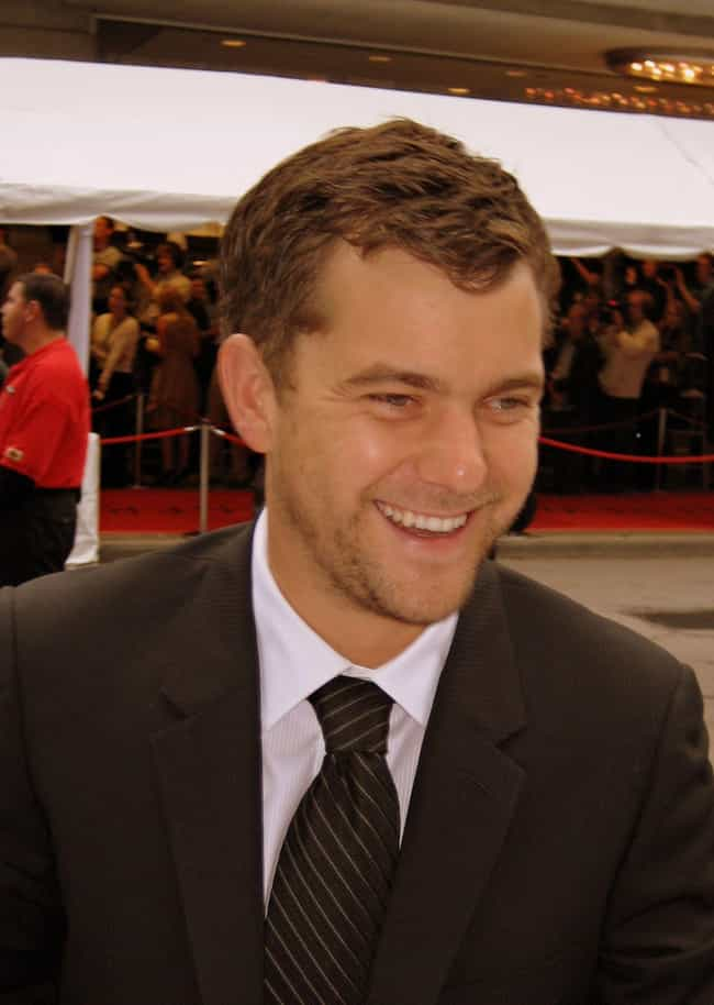 Joshua Jackson is listed (or ranked) 2 on the list Here's What Happened To All Of The Child Actors From 'The Mighty Ducks'