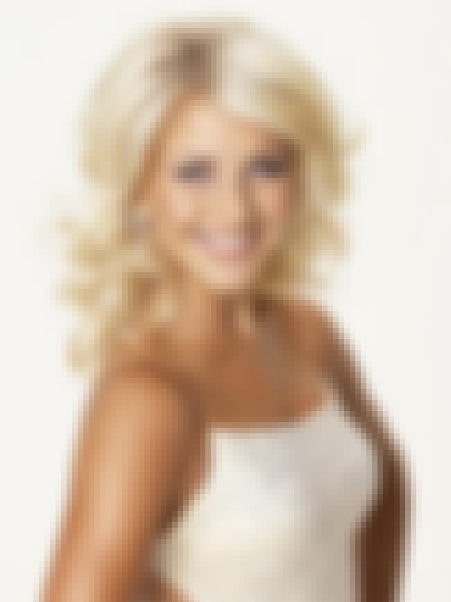 Julianne Hough is listed (or ranked) 2 on the list The Top 10 Sexiest Reality TV Women as of 2009