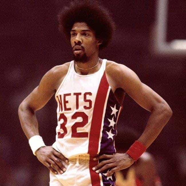 Julius Erving is listed (or ranked) 2 on the list The Best Athletes Who Wore #32