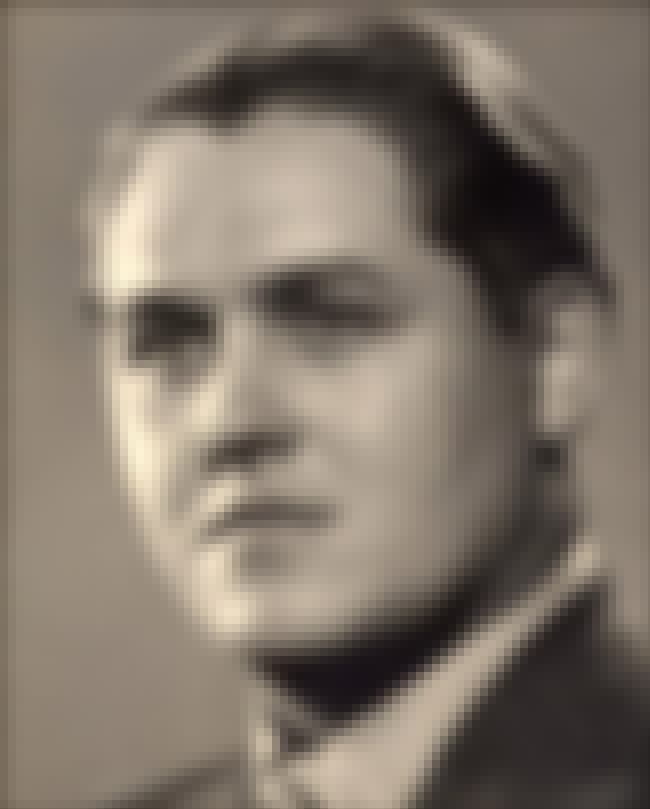 Jussi Björling is listed (or ranked) 7 on the list List of Famous Tenors