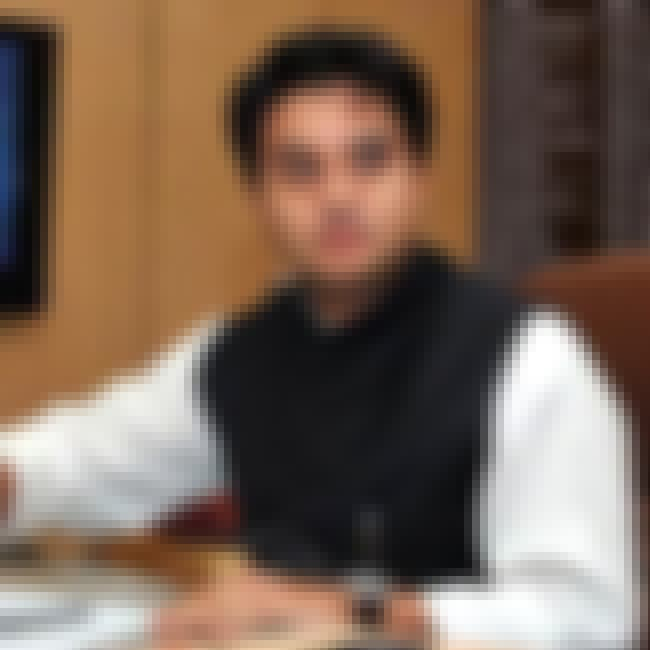 Jyotiraditya Madhavrao Scindia is listed (or ranked) 3 on the list Members of the Scindia Family