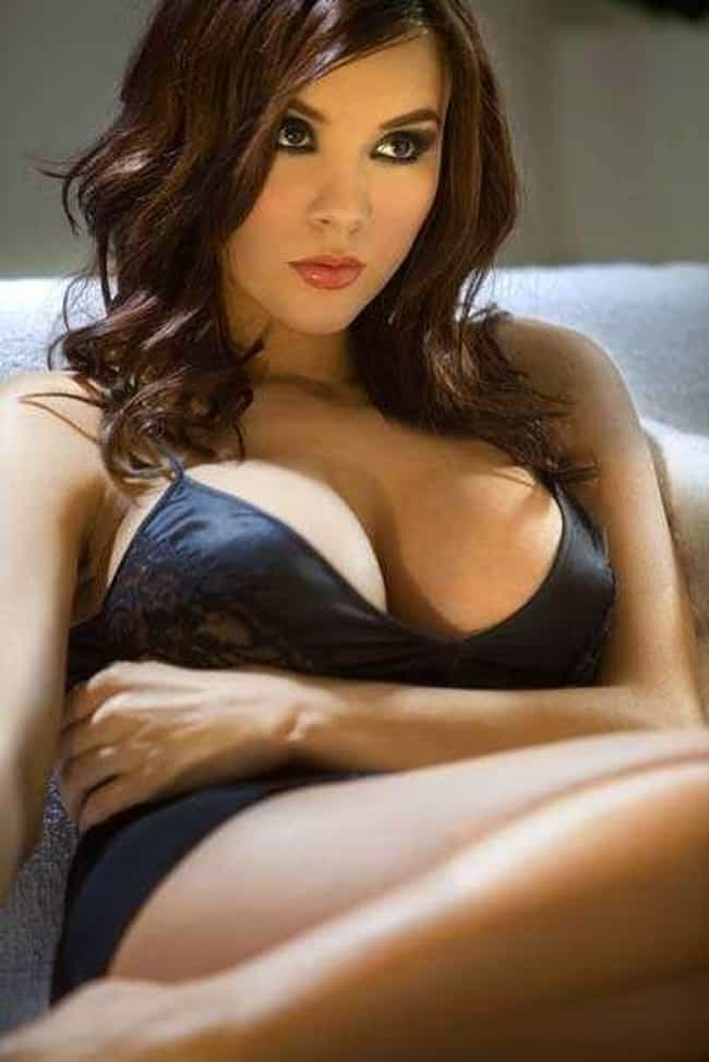 Kacey Barnfield is listed (or ranked) 3 on the list The Most Beautiful Famous Brown-Eyed Girls