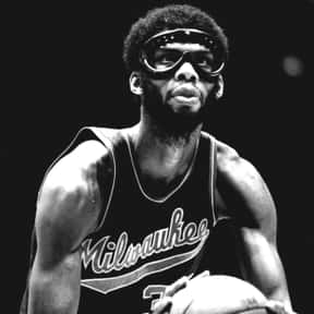 Kareem Abdul-Jabbar is listed (or ranked) 1 on the list The Best NBA Centers of the 1980s