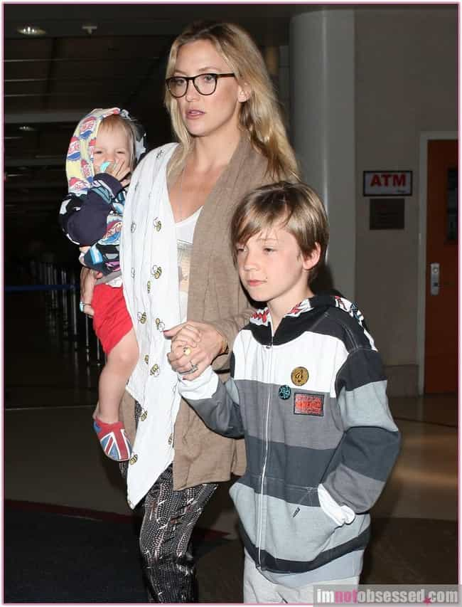 Kate Hudson is listed (or ranked) 3 on the list Famous Moms Who Only Have Sons