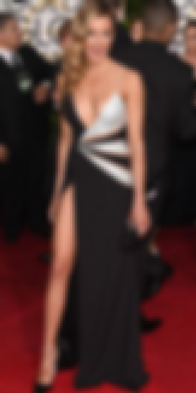 Katie Cassidy is listed (or ranked) 1 on the list The Worst Dressed Celebrities at the 2015 Golden Globes
