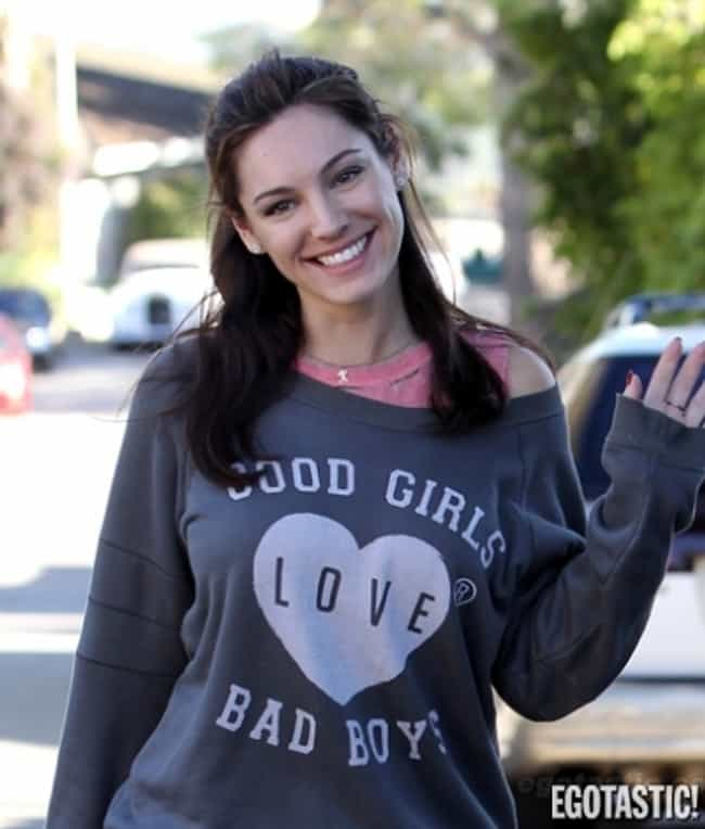 Kelly Brook is listed (or ranked) 4 on the list Everyday Clothes On Extraordinary Women(Dressed Down Celebs)
