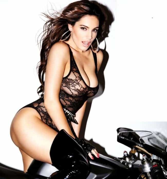 Kelly Brook is listed (or ranked) 4 on the list Women Will Notice The Stylish Boots,Us Men See The Hot Girls