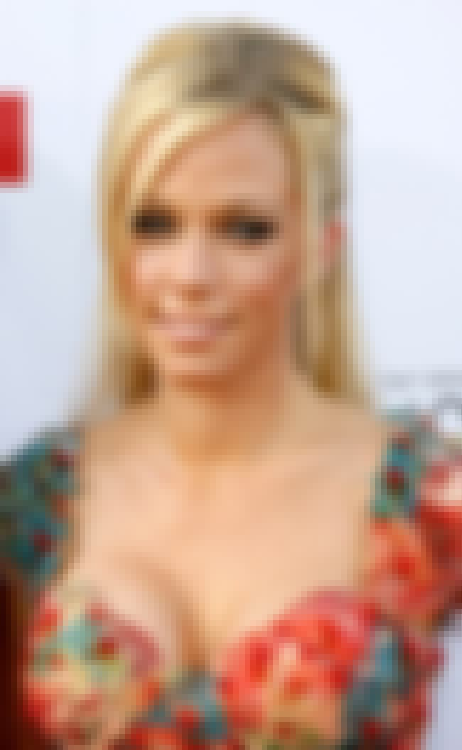 Kendra Wilkinson is listed (or ranked) 3 on the list Shawne Merriman's Loves & Hookups