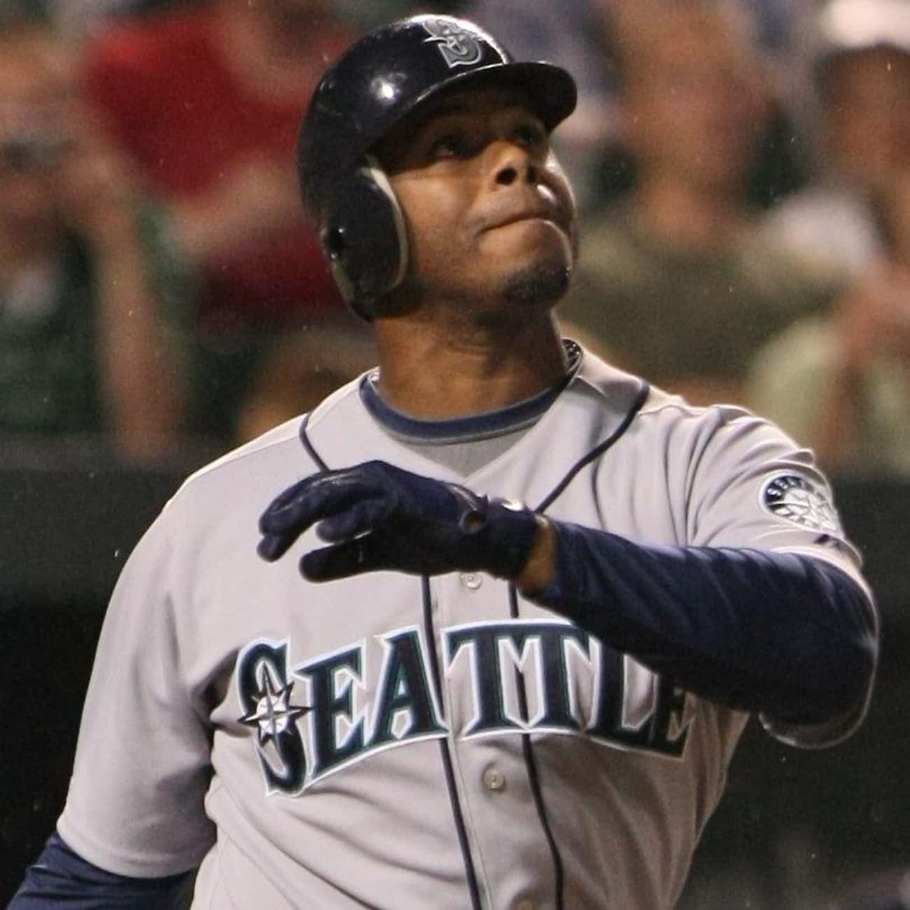 Ken Griffey, Jr. is listed (or ranked) 3 on the list The Best Athletes Who Wore #24