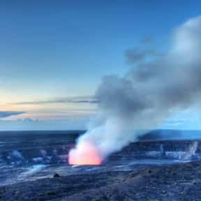 Kīlauea is listed (or ranked) 1 on the list Volcanoes in the United States