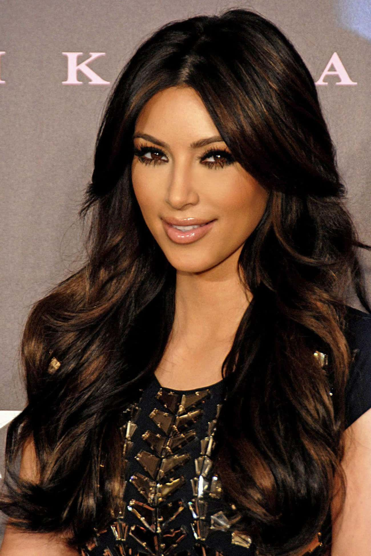 Kim Kardashian is listed (or ranked) 4 on the list 20Famous People from Huge Families
