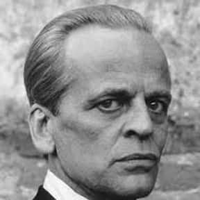 Klaus Kinski is listed (or ranked) 3 on the list Full Cast of Grand Slam Actors/Actresses