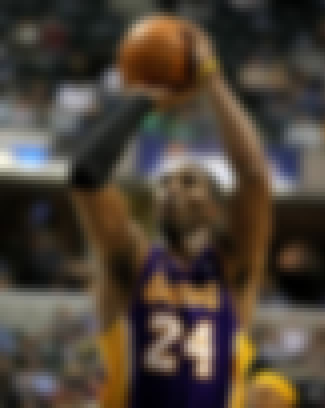 Kobe Bryant is listed (or ranked) 8 on the list 26 Celebrities Who Are Ambidextrous