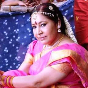Kovai Sarala is listed (or ranked) 9 on the list Full Cast of Enakku 20 Unakku 18 Actors/Actresses