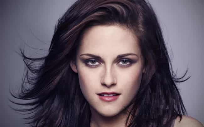 Kristen Stewart is listed (or ranked) 4 on the list 23 Actors Who Actually Do Their Own Stunts