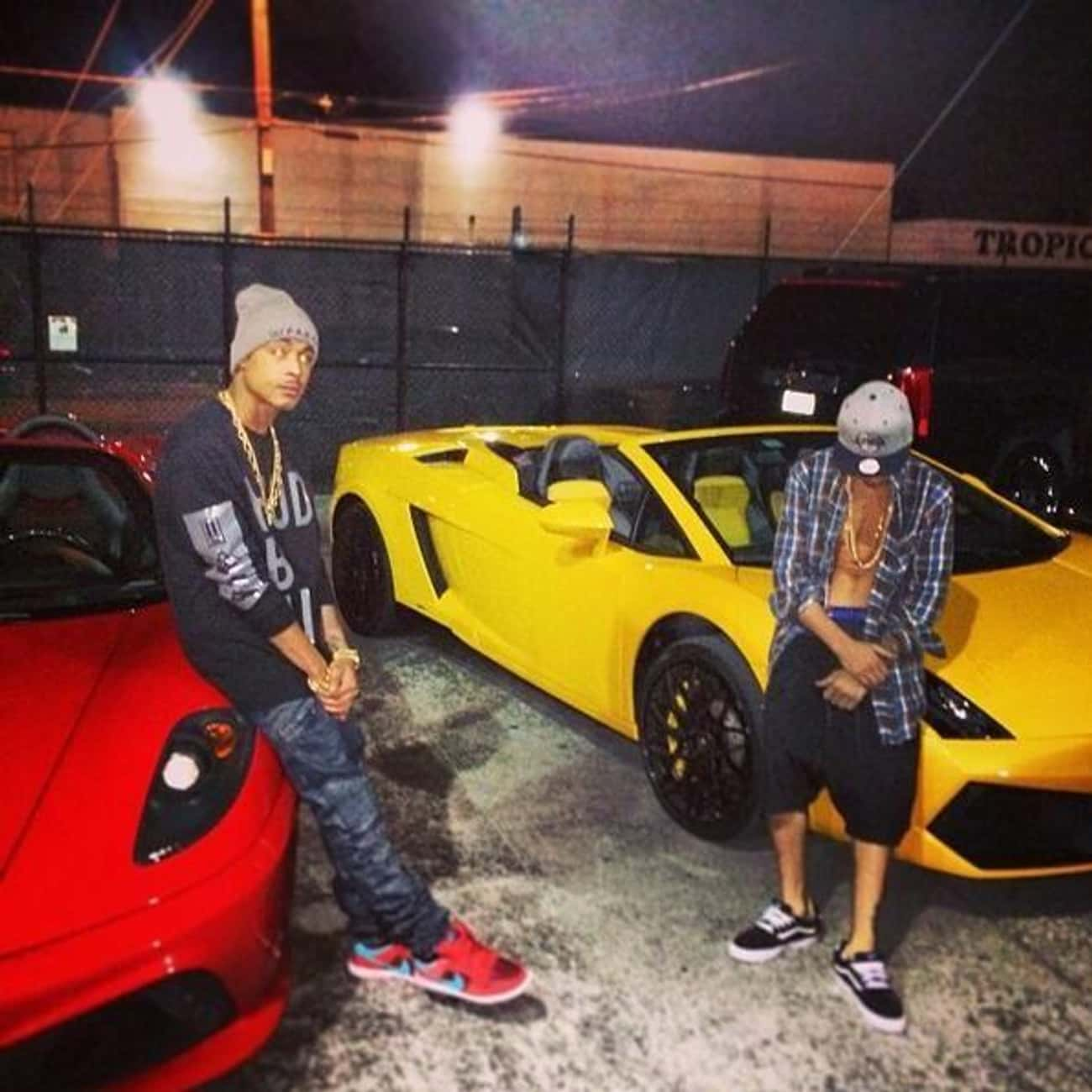Lamborghini Gallardo is listed (or ranked) 2 on the list Cars Owned By Justin Bieber That He's Probably Only Driven Once