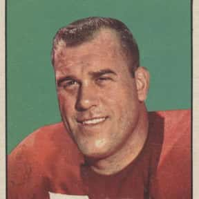 Leo Nomellini is listed (or ranked) 8 on the list List of Famous Football Offensive tackles