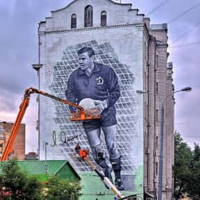 Lev Yashin is listed (or ranked) 13 on the list The Best Soccer Players of All Time
