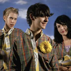 Le Tigre is listed (or ranked) 19 on the list The Best Female Indie Artists & Female-Fronted Bands