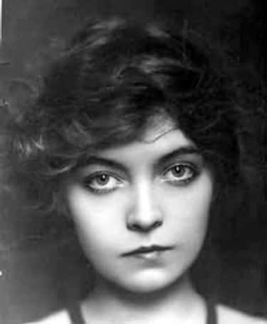Lillian Gish is listed (or ranked) 2 on the list Famous Female Silent Film Actresses