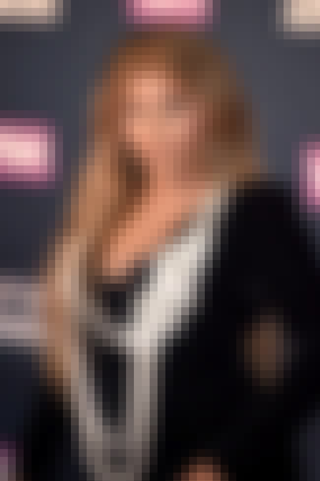 Lil' Kim is listed (or ranked) 4 on the list Famous Friends of Christina Aguilera