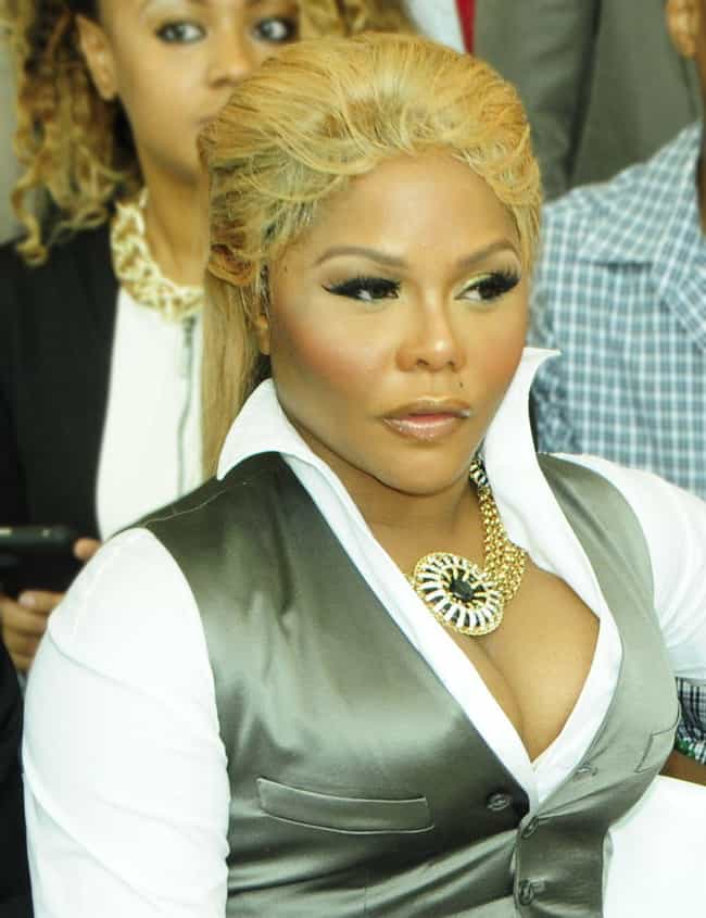 Lil' Kim is listed (or ranked) 1 on the list Celebrity Women You Won't Believe Are Under Five Feet Tall